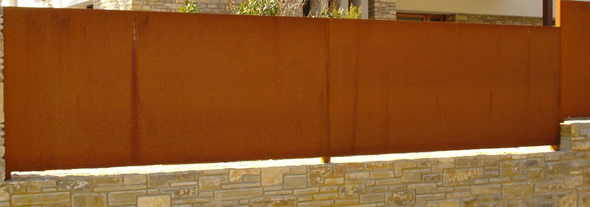 Grupo inoxmetal construcciones met lica for Acero corten perforado oxidado