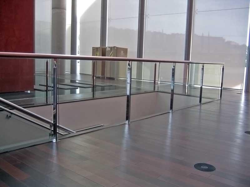 Barandillas de acero inoxidable - GRUPO INOXMETAL: Construcciones ...