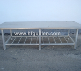 STAINLESS STEEL TABLES AND FURNITURE
