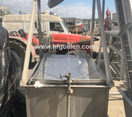 SEMIAUTOMATIC BLANCHER WITH 1 BASKET 500 LITRES