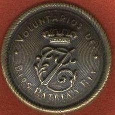 EMBLEMA CARLOS VII PATINADO