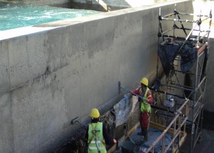 Regeneración de hormigón en cámaras de rotura, en Endesa ( Almería )