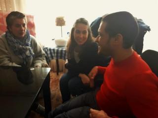 DANIELA Y YOLANDA VISITANDO A ANTONIO EN SU DOMICILIO
