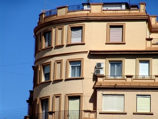 Un seguro de comunidades de propietarios diseñado por los propios vecinos