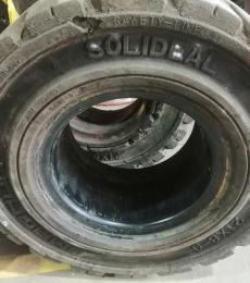 1878 rueda maciza negra sit usada