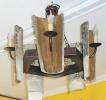 Lámpara 5 luces de tejas antiguas y madera.