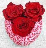 THREE ROSES ON HEART POT