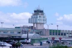 Nueva terminal del aeropuerto de Santiago de Compostela (España)