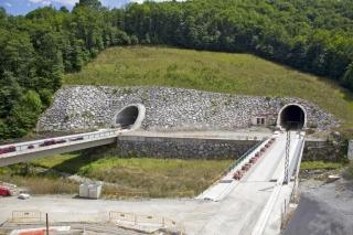 Fomento abrirá un túnel de la variante de Pajares para el AVE y revisa el proyecto del segundo