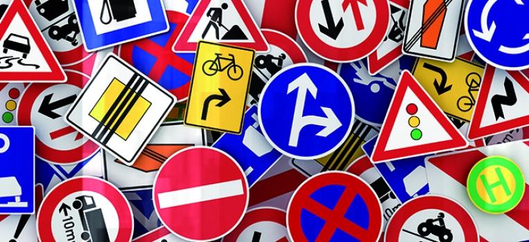Un 7% de los conductores dice desconocer la mitad de la señales