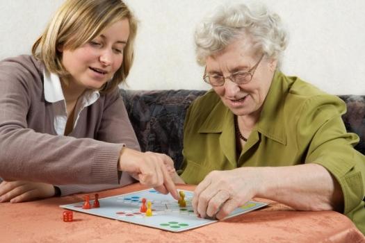 Ocio para la gente mayor, ocio para los minusválidos