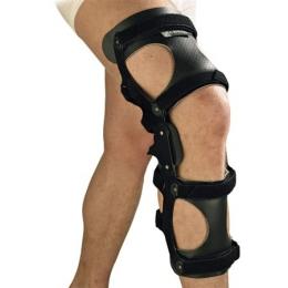 Ortesis de rodilla para control de genu recurvatum.