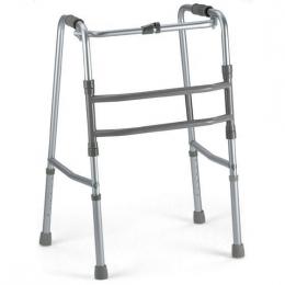 Andador deambulador plegable de altura regulable.