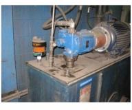 Grupo hidráulico en taller de fundición