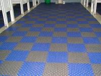 suelo area mojada, suelo vestuarios, suelo piscina, pavigym wet areas