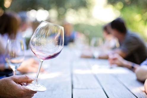 7 propiedades beneficiosas para tu salud que tiene el vino
