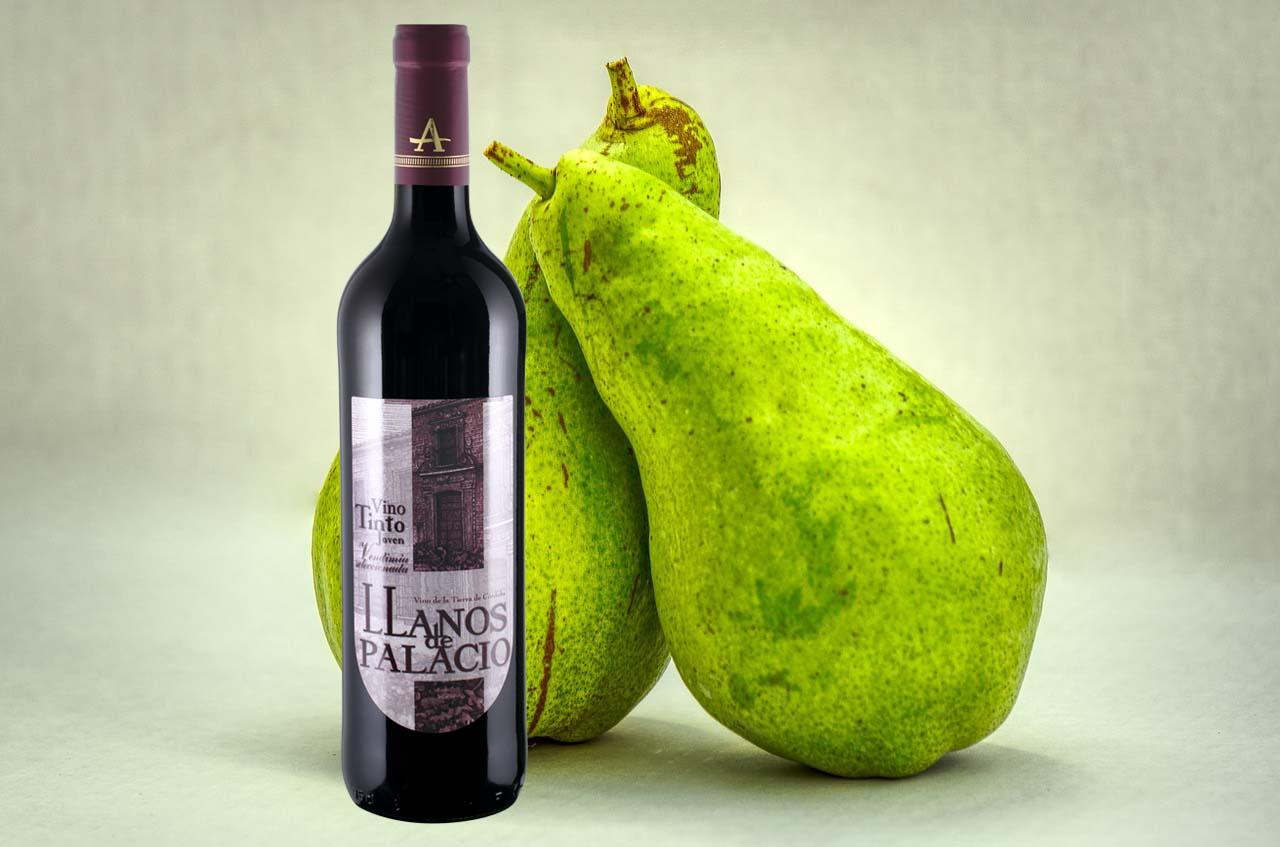 Peras al vino tinto joven llanos de Palacio