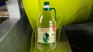 Disponible en nuestra tienda física, Verde que te quiero Verde 2021