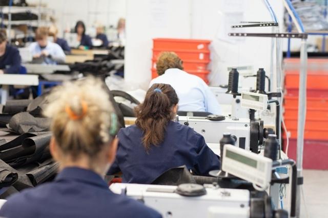Fabricantes de ropa de trabajo desde 1976