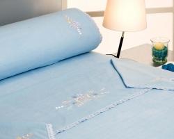 Sábana acrílica bordada cama grande
