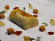 Terrina de foie, faisán y manzana laminada caramelizada.