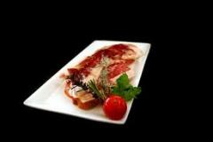 Tosta de jamón ibérico e higos caramelizados al vinagre de Jerez.