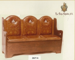 Wooden bench leather lined