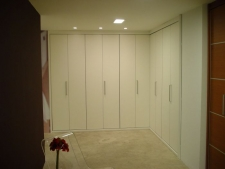 Frente plegable puertas en melamina blanca