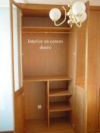Interior en acabado cerezo duero de 19 mm canteado...