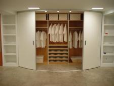 Interior de armario en maple de 25 mm con baldas y...