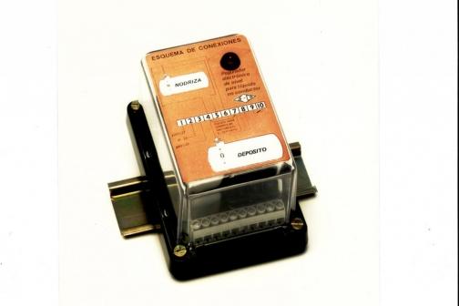 Control electrónico  de nivel modelo 302