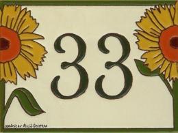 Plaqueta de cerámica con número