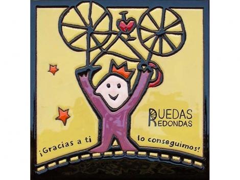 Plaqueta de cerámica con logotipo Ruedas Redondas