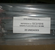 GRAPAS METALICAS (25 unid.).