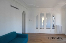 Anticato Vesubio | Barcelona Apartment