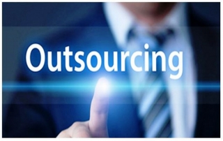 Estudio sobre la evolución del outsourcing en 2015, para el 34,6% de las empresas consultadas por Adecco Outsourcing la principal ventaja que los servicios de externalización les reporta es la flexibilidad.
