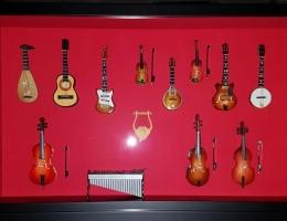 Instrumentos en urna